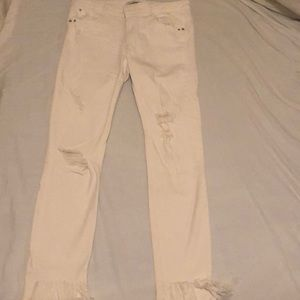 White skinny jeans from Zara